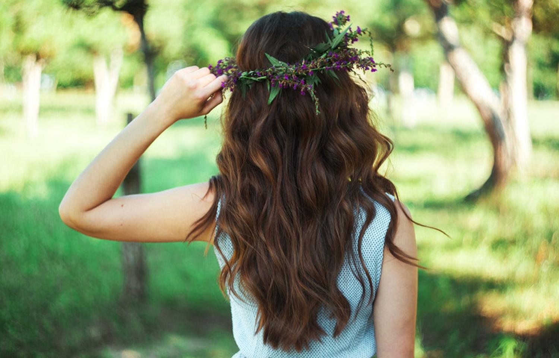 cabello-rizado-suelto.jpg
