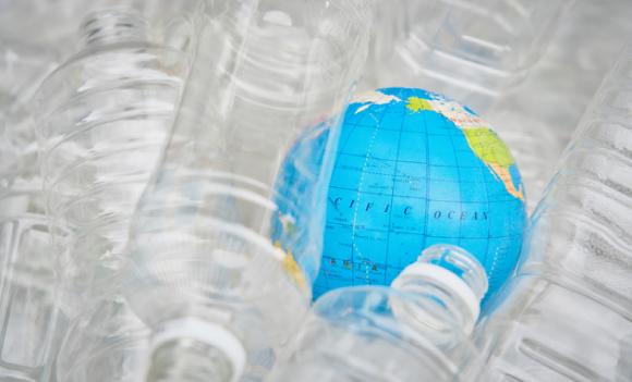 リサイクルPETと地球